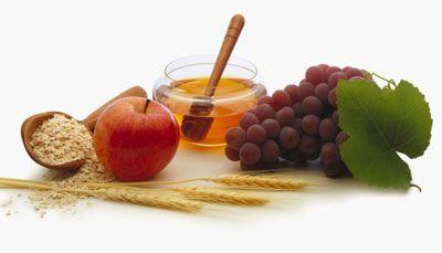 • Sabah kahvaltıda yiyeceğiniz gıda maddelerinin protein, yağ ve karbonhidrat oranlarına dikkat edilmelidir. Sabah karbonhidratlar (ekmek, yulaf), muhakkak alınmalıdır. • Kahvaltılarda sebze ve meyveye yer verilmeli böylece beynin enerji ihtiyacı olan glikoz daha rahatlıkla salgılanabilsin. • Öğünlerimizde kimyasal maddelerden özellikle uzak durmalısınız.